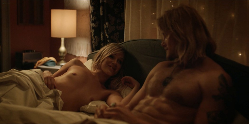 Elizabeth Posey nude s4ex doggy style Kelli Berglund sexy Heels 2021 s1e4 1080p Web 13