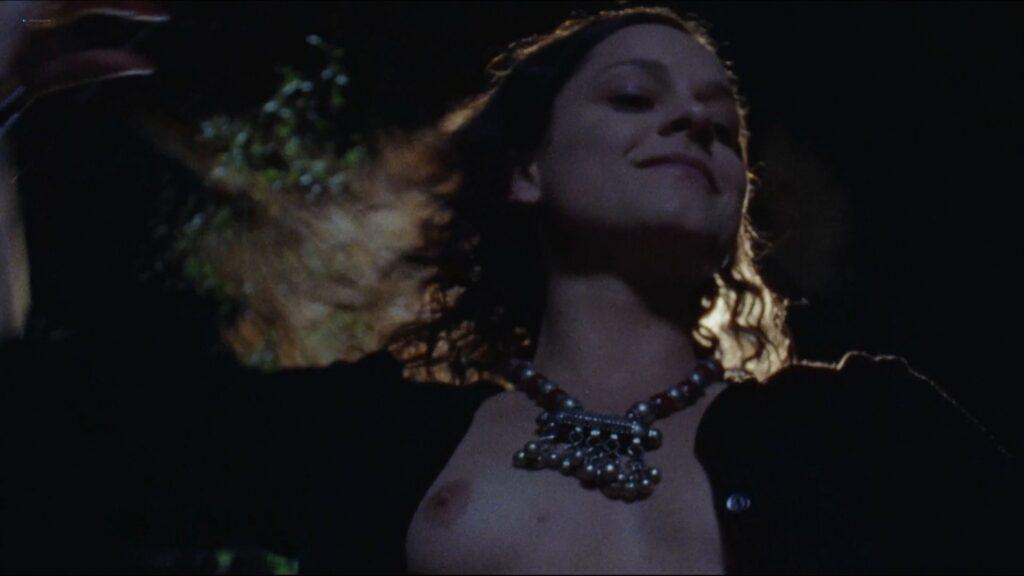 Giorgia Massetti nude topless and sex Smile 2009 1080p Blu ray Remux 3