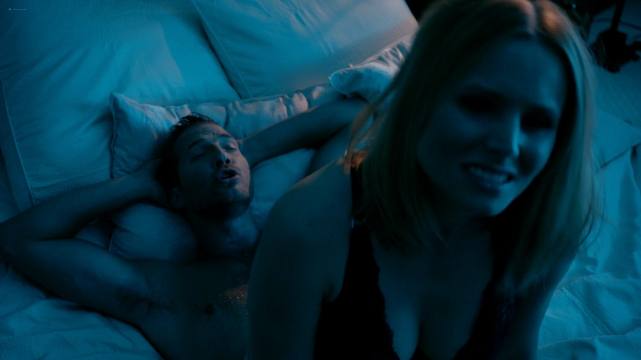Kristen Bell hot and some sex House of Lies s03 2014 1080p Web