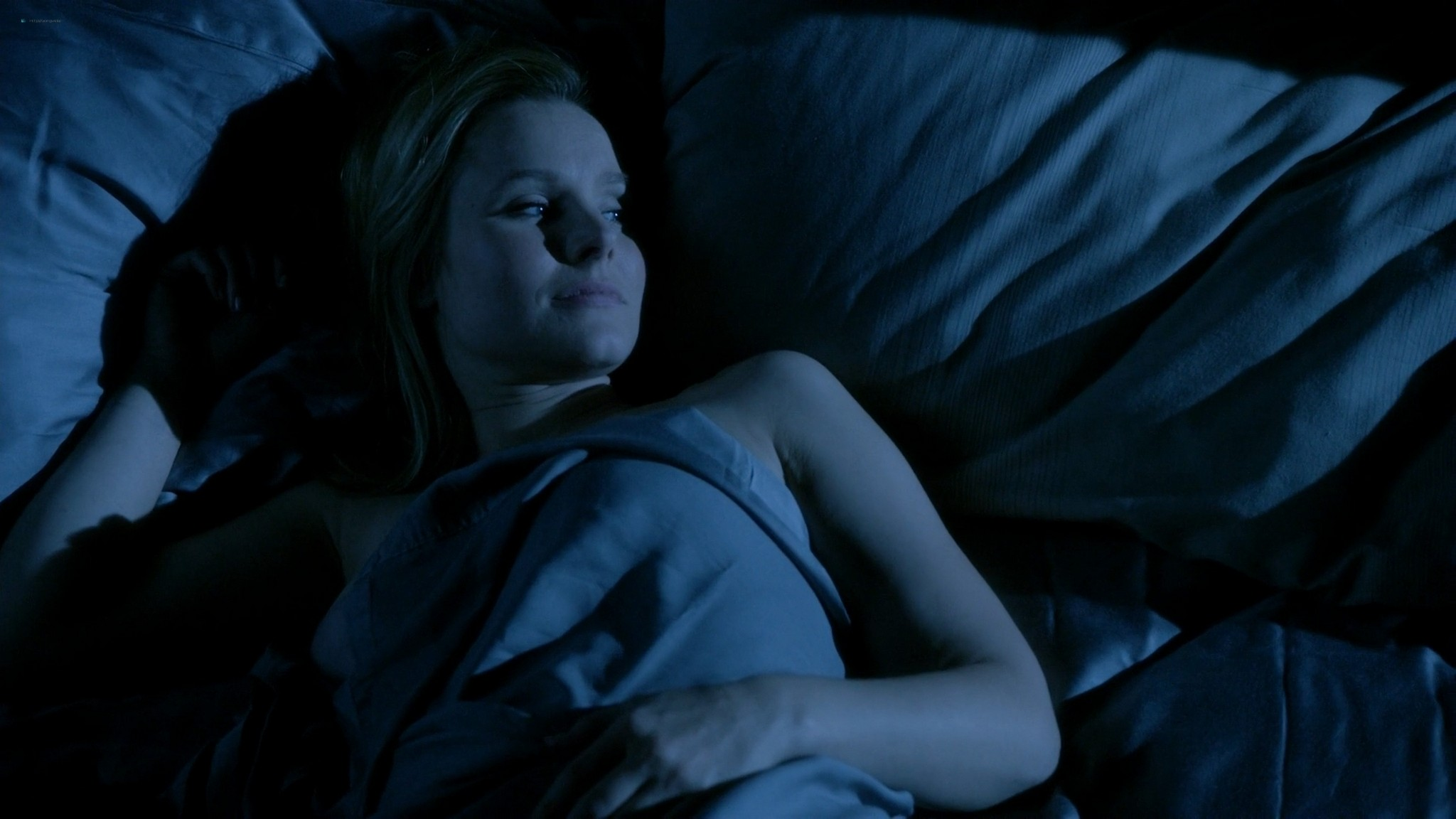 Kristen Bell hot and some sex House of Lies s03 2014 1080p Web 13