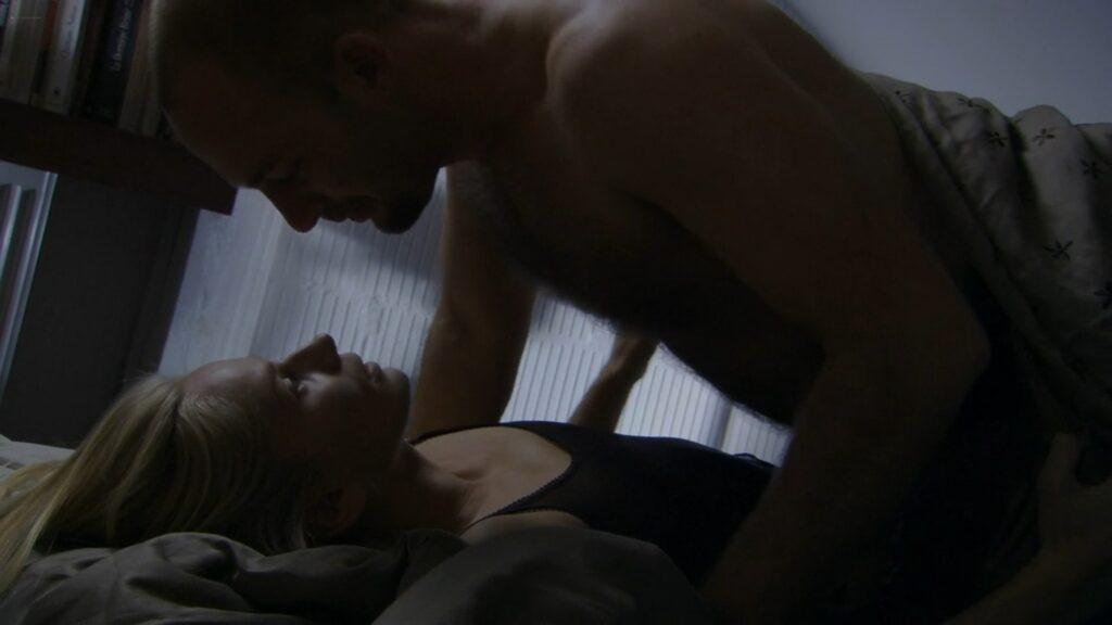 Magdalena Cielecka nude and sex S@motnosc w sieci PL 2006 1080p Web 3