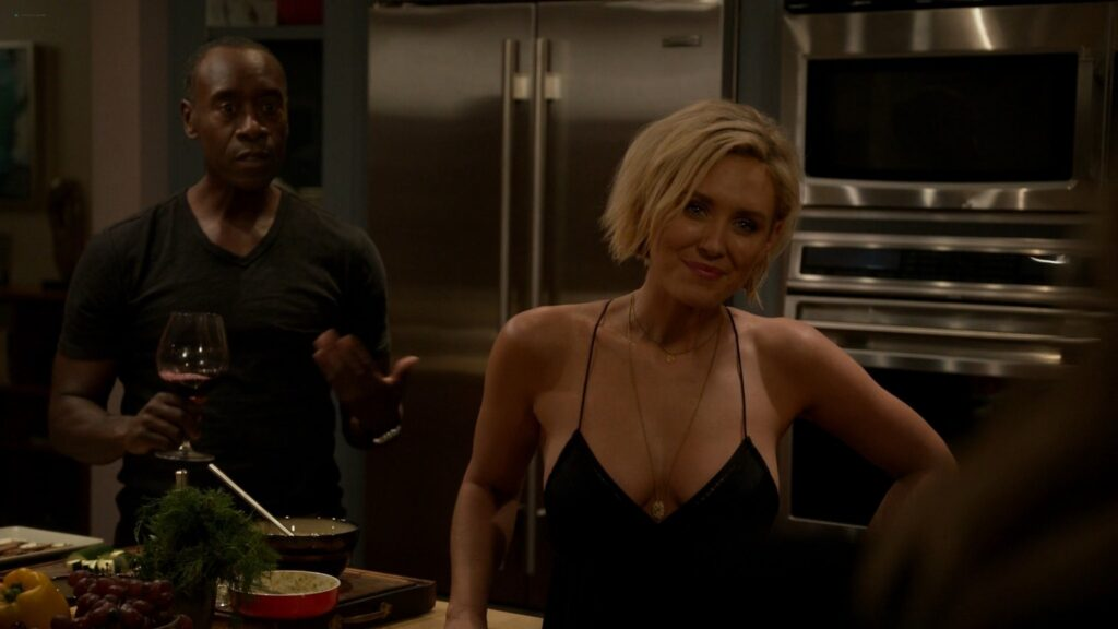 Nicky Whelan nude sex Kristen Bell Dawn Olivieri and others nude and sexy House of Lies 2016 S5 1080p Web 4