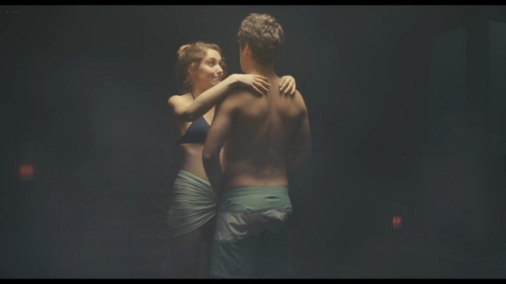 Alicia Endemann nude Valerie Karsenti and Deeborah Francois sexy Ma Famille t adore deja 2016 1080p Web 19