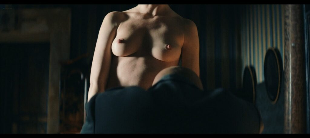 Janina Rudenska nude full frontall Martina Limonta Lidiya Liberman nude too Il cattivo poeta IT 2020 1080p Web 5