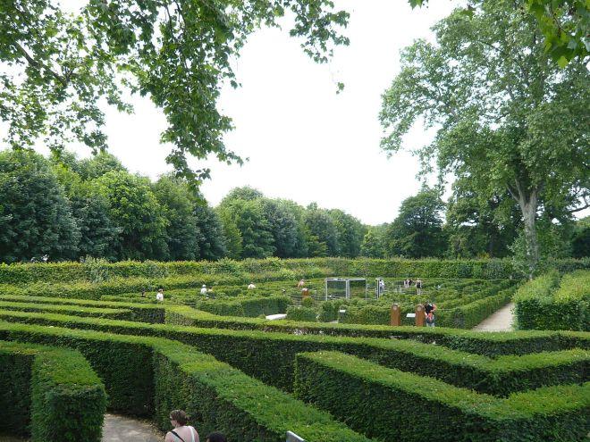 O labirinto é diversáo garantida para a criançada | Foto: Wikipedia Commons