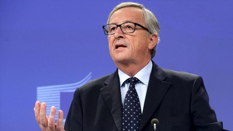 Γιούνκερ: Εμπορικός πόλεμος ΕΕ-ΗΠΑ δεν συμφέρει κανέναν – Στην ΕΕ είτε τρως αυτό που σερβίρεται στο τραπέζι είτε δεν κάθεσαι στο τραπέζι