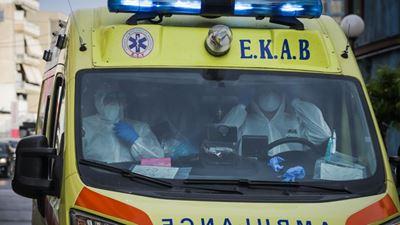 Χανιά: Έβγαλε μαχαίρι σε διασώστη του ΕΚΑΒ που τον πήγε στο νοσοκομείο
