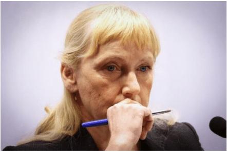 """""""Галъп"""": Обществото съчувства на Елена Йончева, ГЕРБ губи повече от скандала с обвинението"""