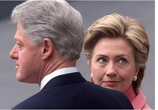 """""""Островът на оргиите"""", Бил Клинтън и кампанията на Хилари"""