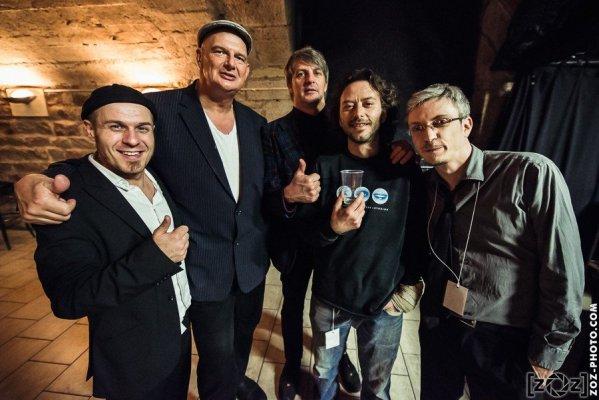 Oyster's Reluctance & Triggerfinger, la Cave à Musique (Mâcon), le 29 mars 2015.