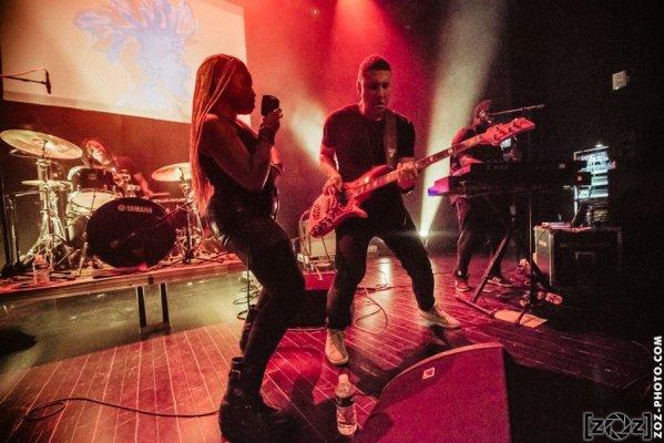 Sate, concert au Jack Jack à Bron, le 10 mars 2017.