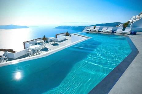 Katikies-Hotel-in-Santorini-Greece-3