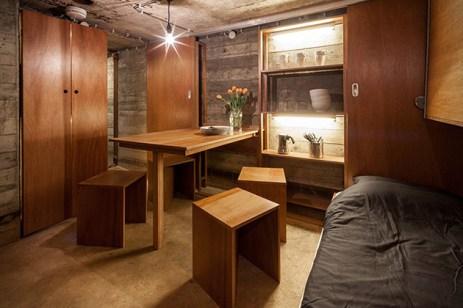 Bunker-prestavany-na-obytny-domcek-2