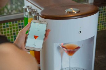 Somabar-Robotic-Bartender-For-The-Home-2