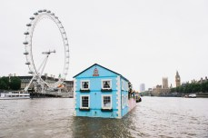 airbnb-floating-house-river-thames-london-02