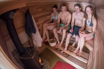 Sauna-On-Wheels-by-Mika-Sihvo-2