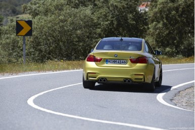 BMW_M4_Coupe_2014_15