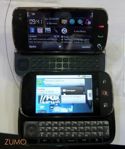 N97 e Dext abertos: o Dext desliza a tela, o N97 levanta.