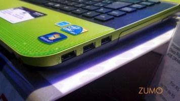 E três USB do outro (além do drive combo)