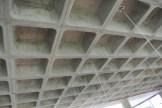 A estrutura de concreto aparente: pelo menos 30% dos materiais usados são reciclados