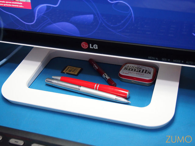 LG_ET83_porta_treco