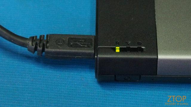 Kingston_MobileLite_charging