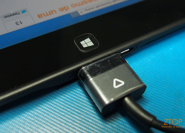 Dell_tablet10_power_conn2