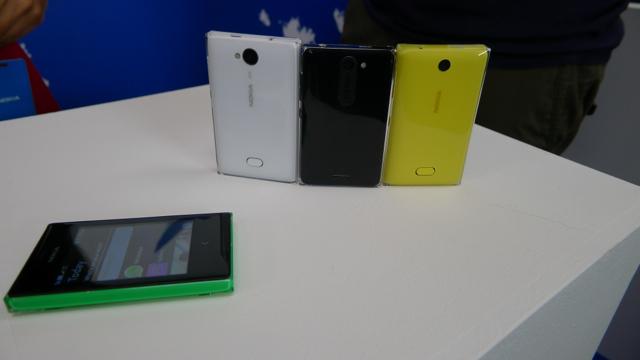 Nokia Asha 502 - 7