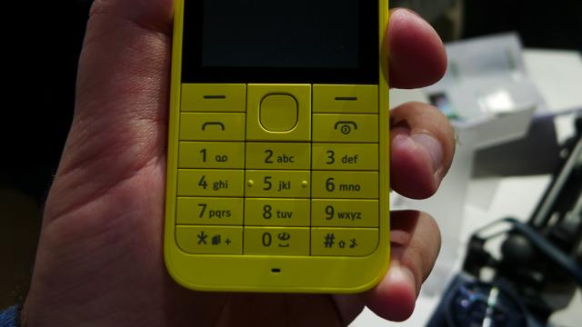 Nokia 220 - 4
