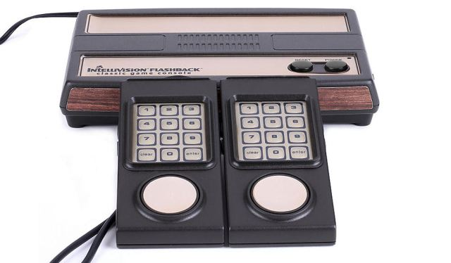 Intellivision_flashback_console