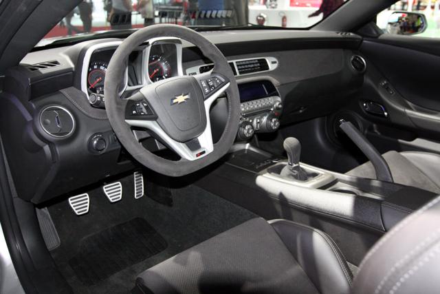 Camaro_Z28_interior