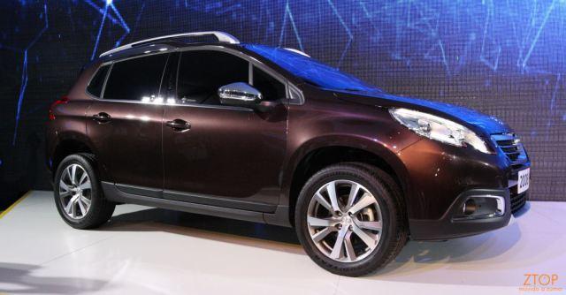 Peugeot2008_02a