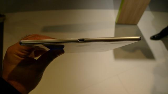 Sony Xperia Z4 tablet - 03