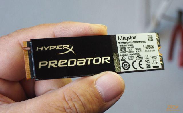 Kingston_SSD_HyperX_Predator_M2_na_mao