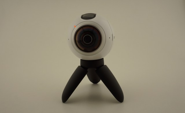 samsung gear 360 - 9