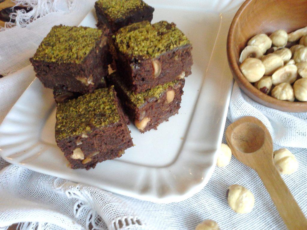 Brownies di batata e nocciole