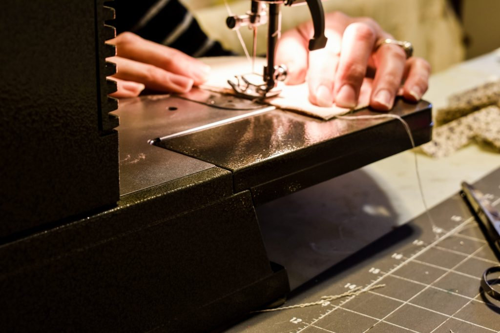 sewing a straight seam with a sewing machine
