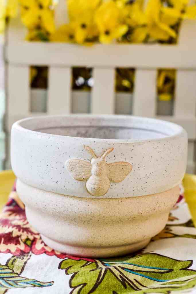 stoneware bowl with a bee motif