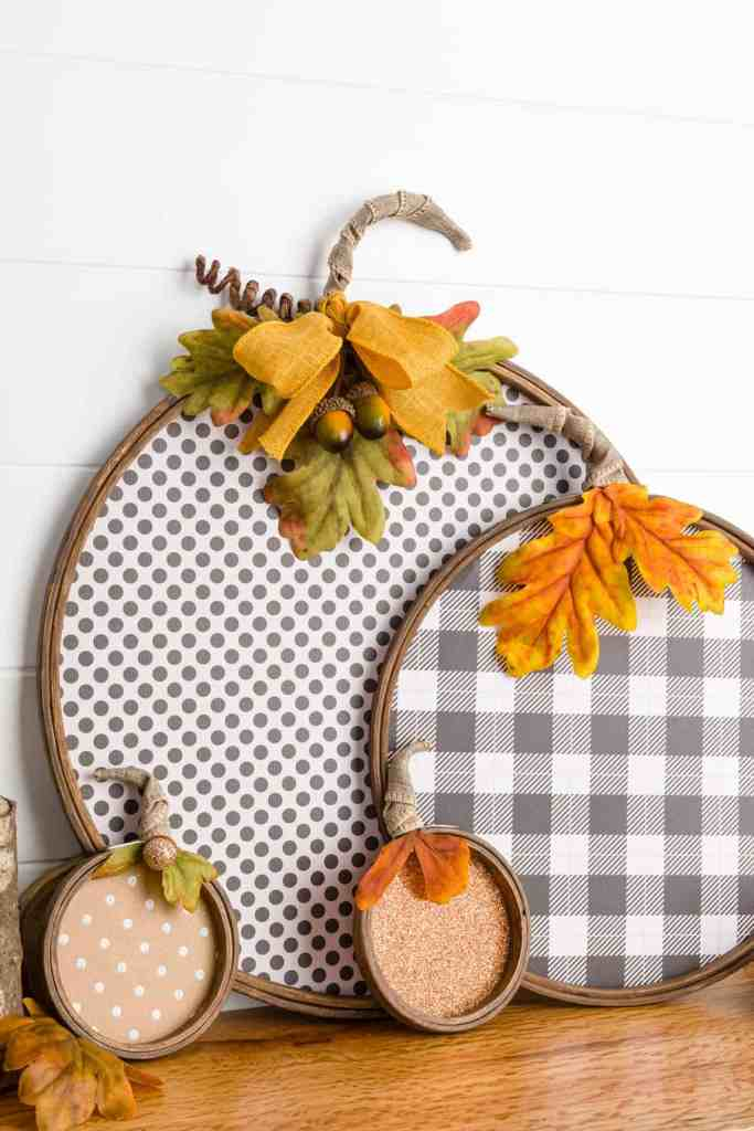 polka dot and buffalo check paper pumpkins made from embroidery hoops