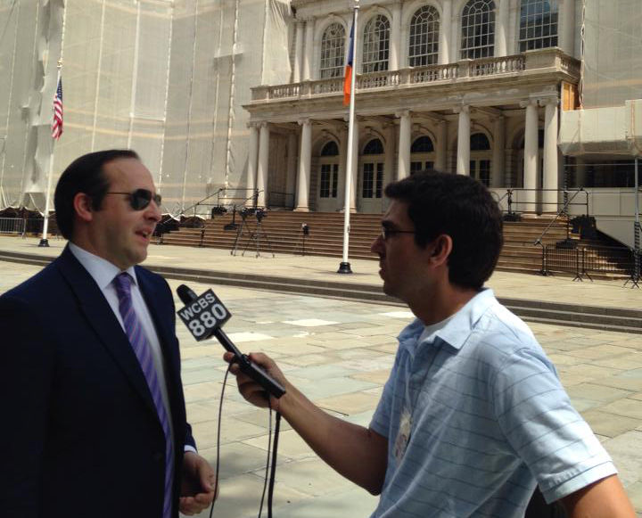 Dr. Zuckerman interviewed WCBS 880 regarding Rep. Maloney's tanning bed legislation proposing to ban tanning beds for minors.