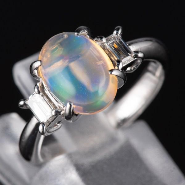 スリーストン メキシコオパールxダイヤモンド プラチナリング MO: 2.12 ct D: 0.31ct Pt900