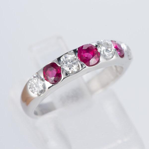 ルビーxダイヤモンド プラチナリング R: 0.74 ct D: 0.63ct Pt900