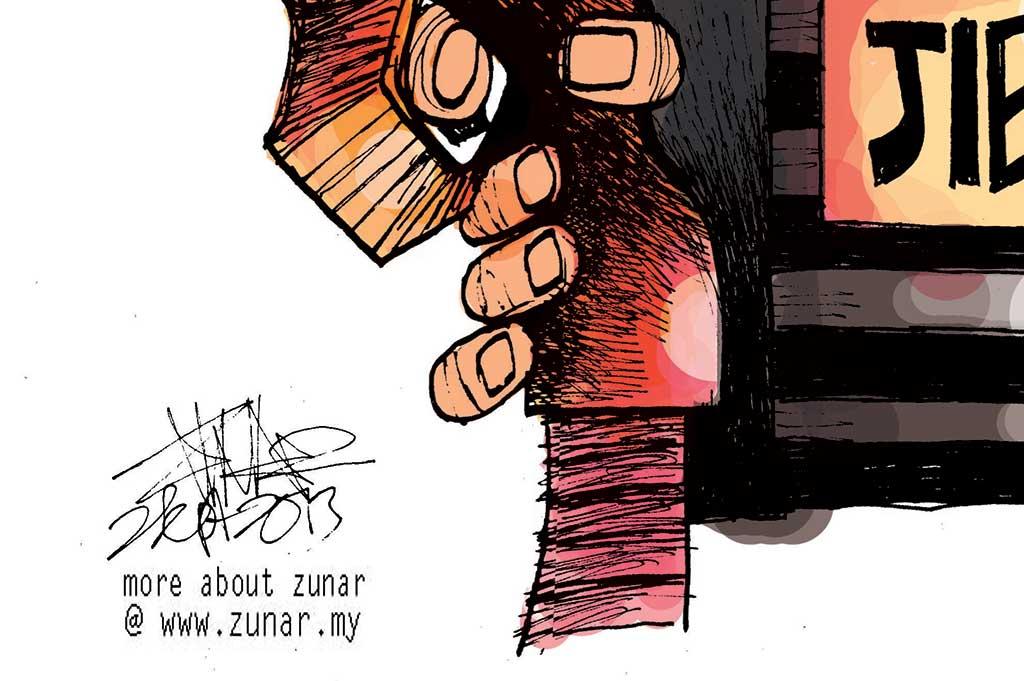 CARTOONKINI-PETROL-2-SEPT-2013-thumb