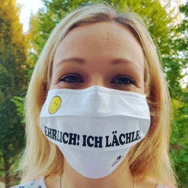 """Gesichtsmaske wiederverwendbar lustig mit Humor / Sprüche mit """"Ehrlich! Ich Lächle!"""" aus Schonach im Schwarzwald"""