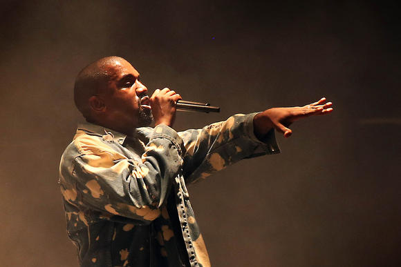 ct-kanye-west-glastonbury-festival-20150628-001