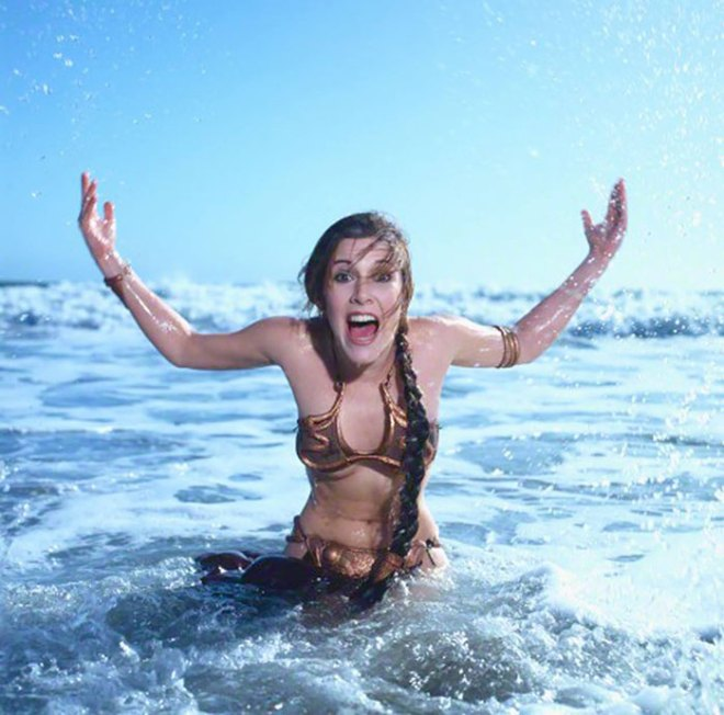 princess-leia-bikini-return-jedi-beach-shoot-1983-carrie-fisher-1
