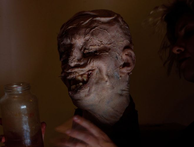 this-amazingly-creepy-art-looks-like-something-out-of-hellraiser-800166