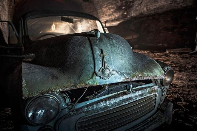 Charlie-Magee-urbex-liverpool-old-cars-5