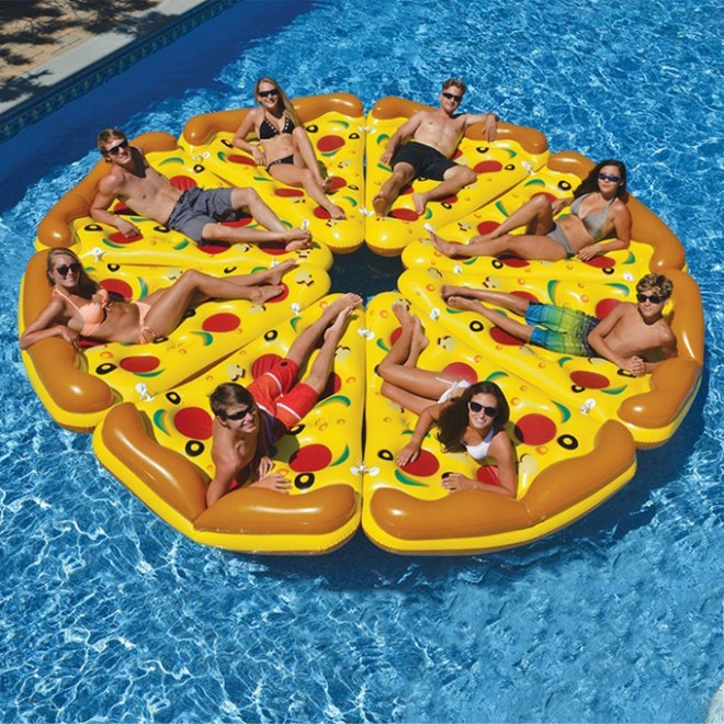 Whole-Pizza-Pool-Float