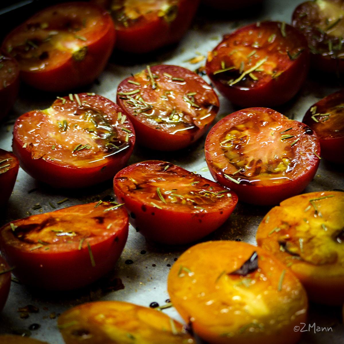 pieczone pomidory w oliwie